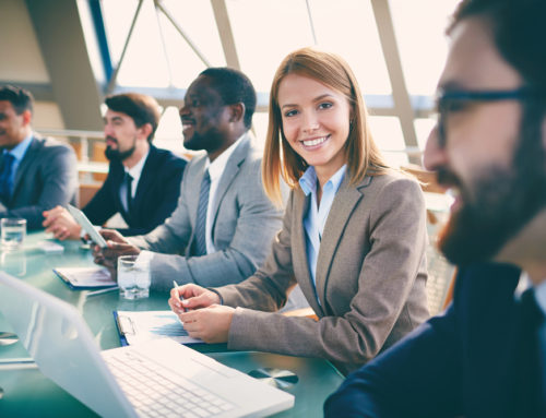 4 Factores de comunicación no verbal en las reuniones internacionales